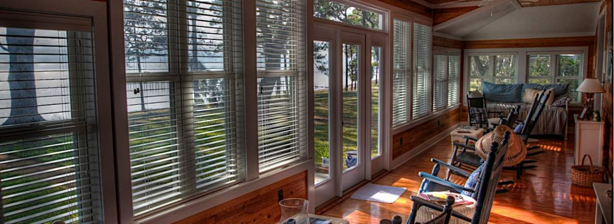 Click image for larger version.  Name:front porch 2.jpg Views:263 Size:86.4 KB ID:58098