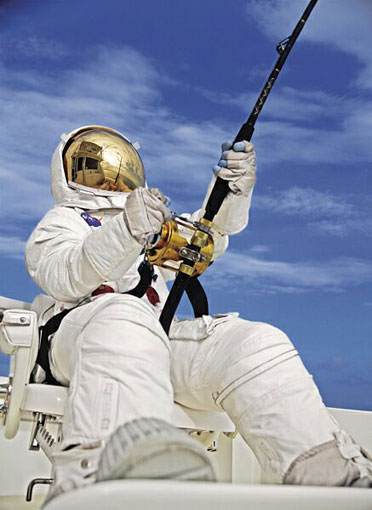 Click image for larger version.  Name:Spaceman_Fishing[1].jpg Views:124 Size:39.0 KB ID:72722