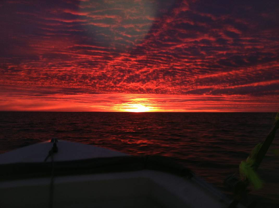 Click image for larger version.  Name:Sunrise on bay.jpg Views:122 Size:57.7 KB ID:69649