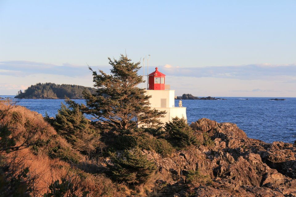 Click image for larger version.  Name:Ucluelet light.jpg Views:120 Size:137.5 KB ID:190114